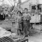 A classic photo of a poor mother and children in Elm Grove, California, during the Great Depression. (Photo credit: Library of Congress)