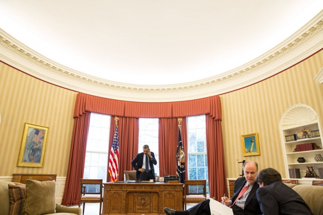 President Barack Obama talks on the phone with President Vladimir Putin of Russia in the Oval Office, March 1, 2013. National Security Advisor Tom Donilon and Deputy National Security Advisor Tony Blinken listen at right. (Official White House Photo by Pete Souza)