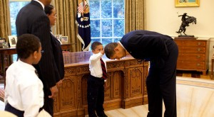 obama-boytouchinghair-petesouza