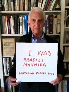 Pentagon Papers whistleblower Daniel Ellsberg, standing up for Pvt. Bradley (now Chelsea) Manning.