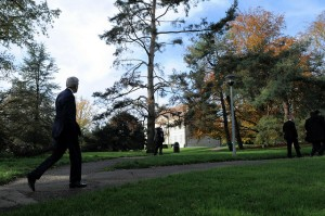 U.S. Secretary of State John Kerry takes a walk in a park between meetings in Geneva, Switzerland, on Nov. 8, 2013, that focused on limits on Iran's nuclear capabilities. (State Department photo)