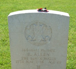 The gravestone of British soldier Ronald Allen who died at the age of 20 during the Battle of Monte Cassino.