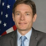Tom Malinowski, longtime director of Human Rights Watch's Washington office, was sworn in as Assistant Secretary of State for Democracy, Human Rights and Labor on April 3, 2014.