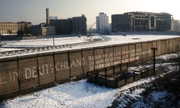 A portion of the Berlin Wall as photographed in 1975, toward the east. (Photo credit: Edward Valachovic)