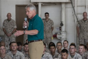 Defense Secretary Chuck Hagel speaks to Marines stationed on Camp Pendleton, Calififornia, Aug. 12, 2014, after returning from a trip to Germany, India and Australia.  (DoD photo by Petty Officer 2nd Class Sean Hurt)