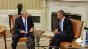 Prime Minister Benjamin Netanyahu meets with U.S. President Barack Obama in the White House on Nov. 9, 2015. (Photo credit: Raphael Ahren/Times of Israel)
