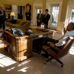President Barack Obama meets with Vice President Joe Biden and other advisors in the Oval Office. [White House photo]