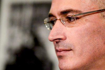 [Image: Mikhail_Khodorkovsky_2013-12-22_2-400x267.jpg]