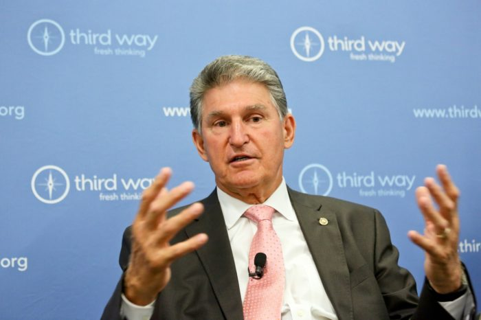 Manchin speaks at July 19, 2017 Third Way breakfast in Washington, D.C. (Third Way Think Tank | Flickr)