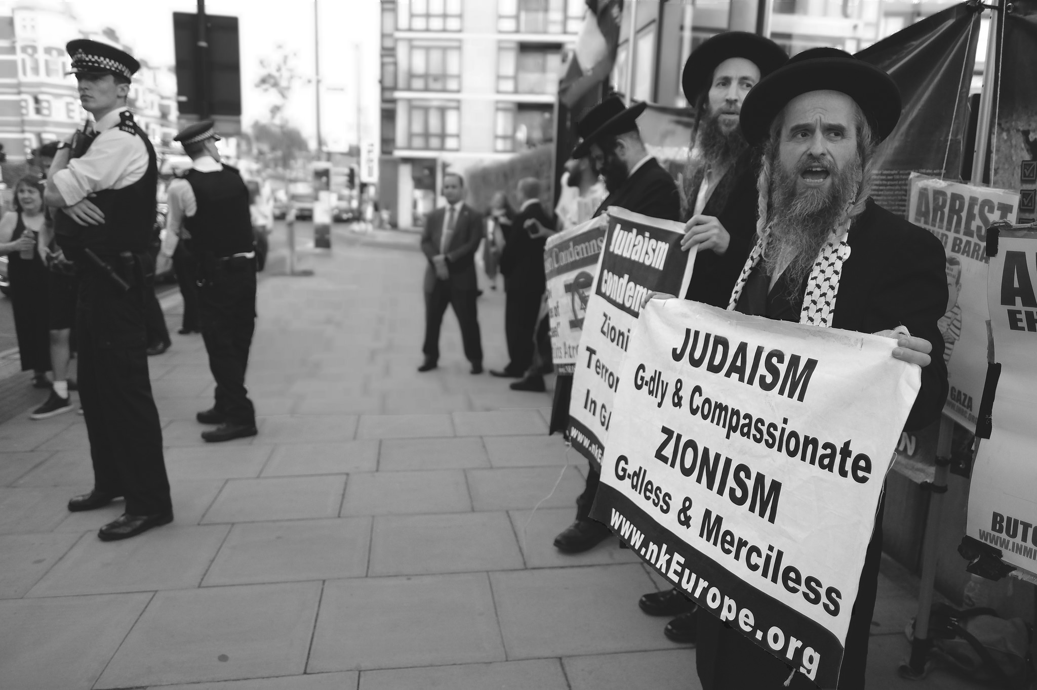 Orthodex Jews in London's pro-Palestine protests on Al Quds day, June 10, 2018. (Allsdare Hickson via Flickr)