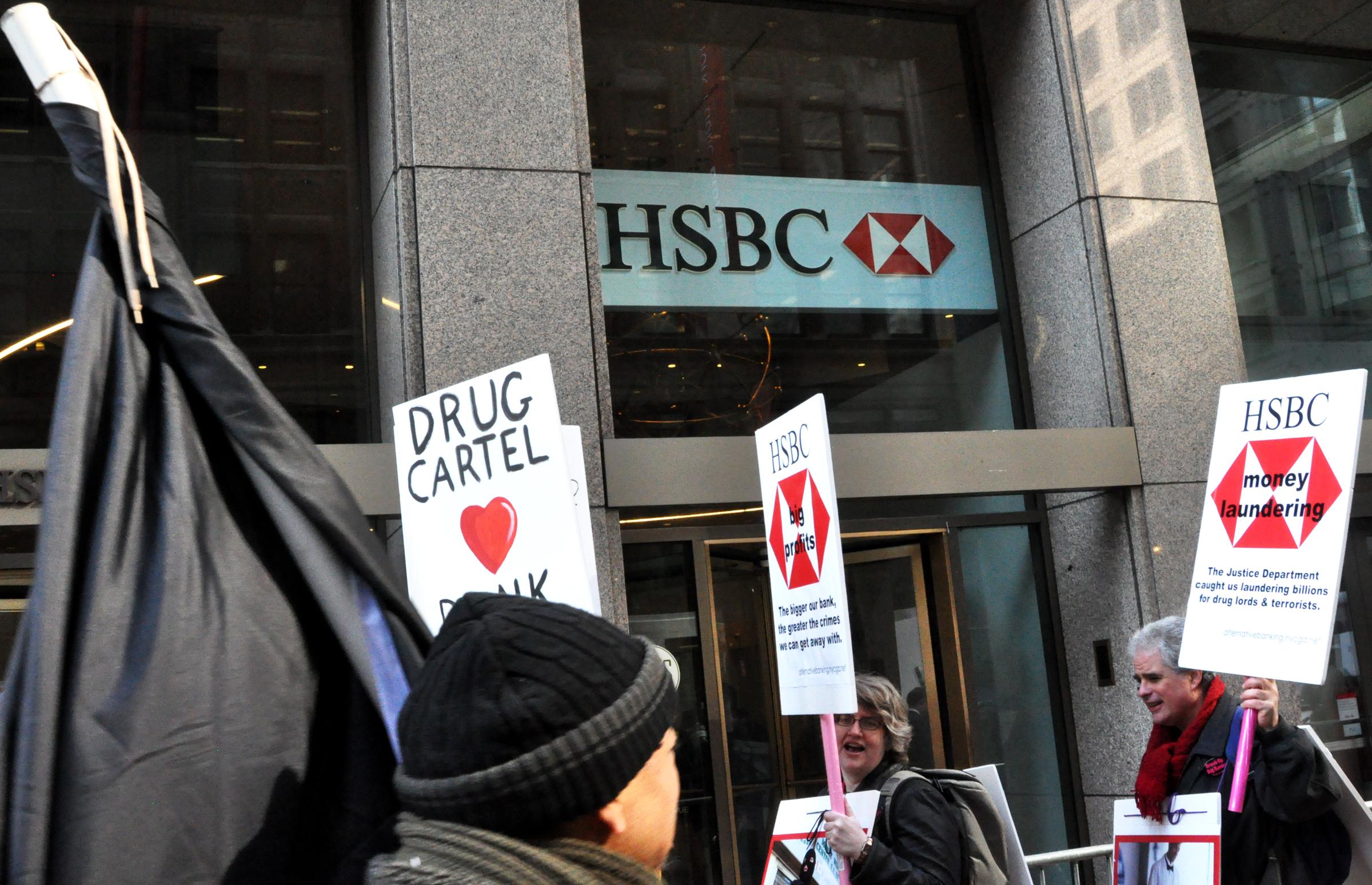 Occupy Wall Street picket of HSBC, midtown Manhattan; Feb. 14, 2013. (Michael Fleshman Via Flickr)