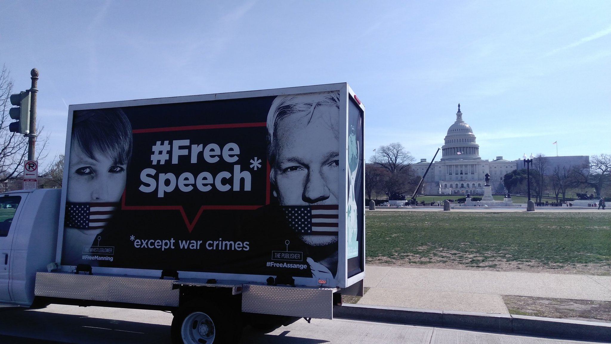 Truck in D.C. (Pamela Drew, Twitter)