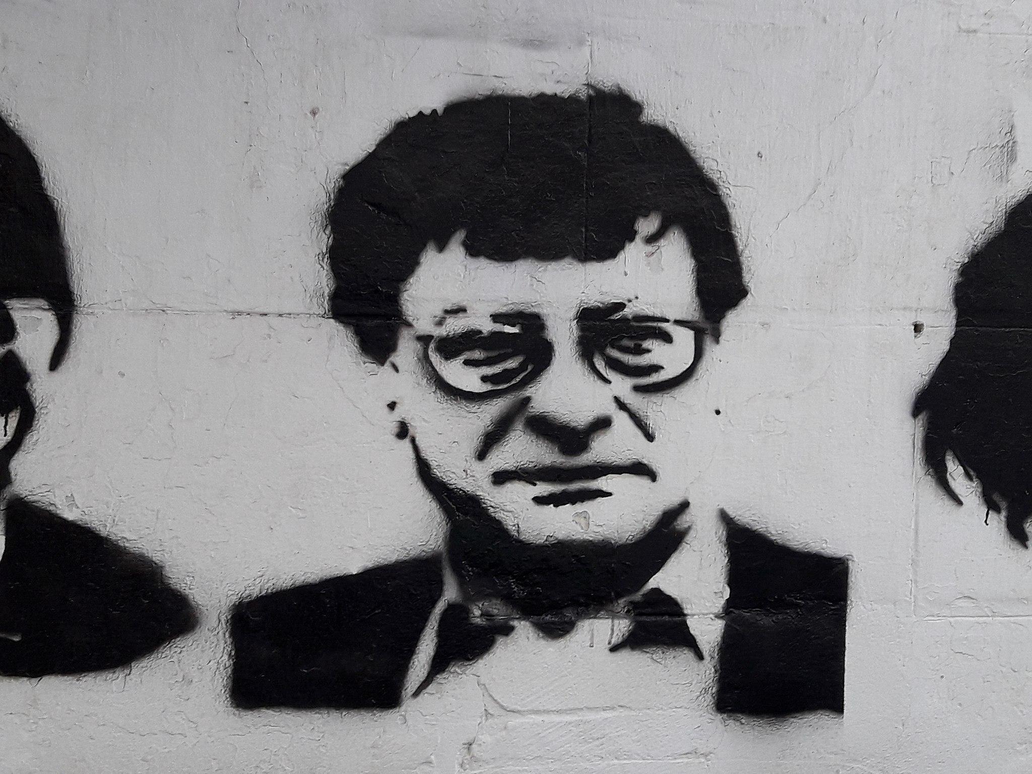 Mural of Mahmoud Darwish in downtown Tunis, Tunisia, 2017. (Emna Mizouni via Wikimedia Commons)