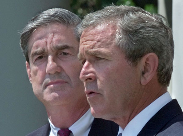 Mueller with President George W. Bush on July 5, 2001, as he is being appointed FBI director. (White House)