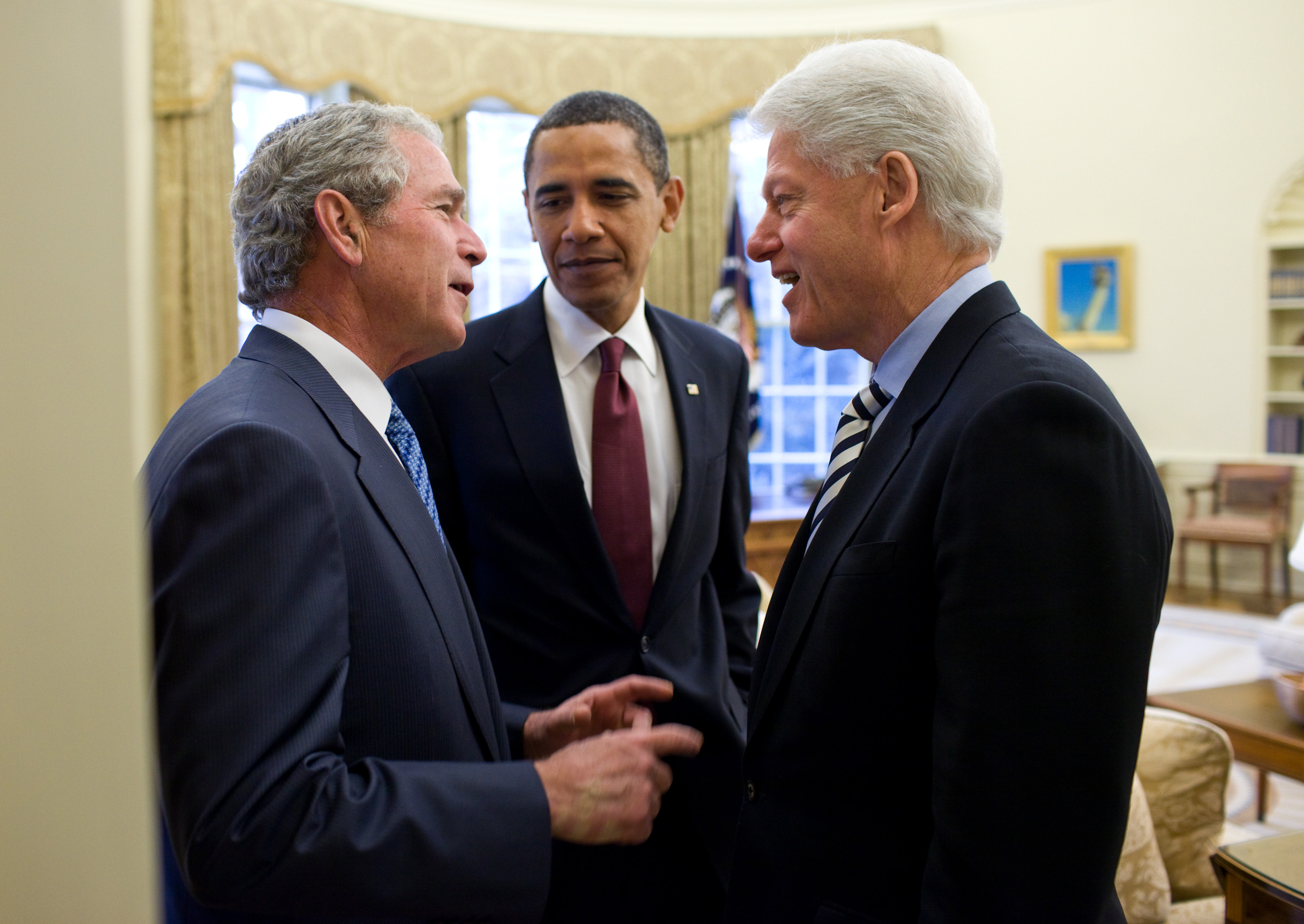 George W. Bush, Barack Obama and Bill Clinton in the Oval Office together, 2019. (Wikimedia Commons)
