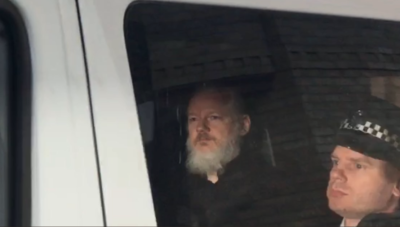 Assange on way to Belmarsh Prison, April 11, 2019. (Twitter)