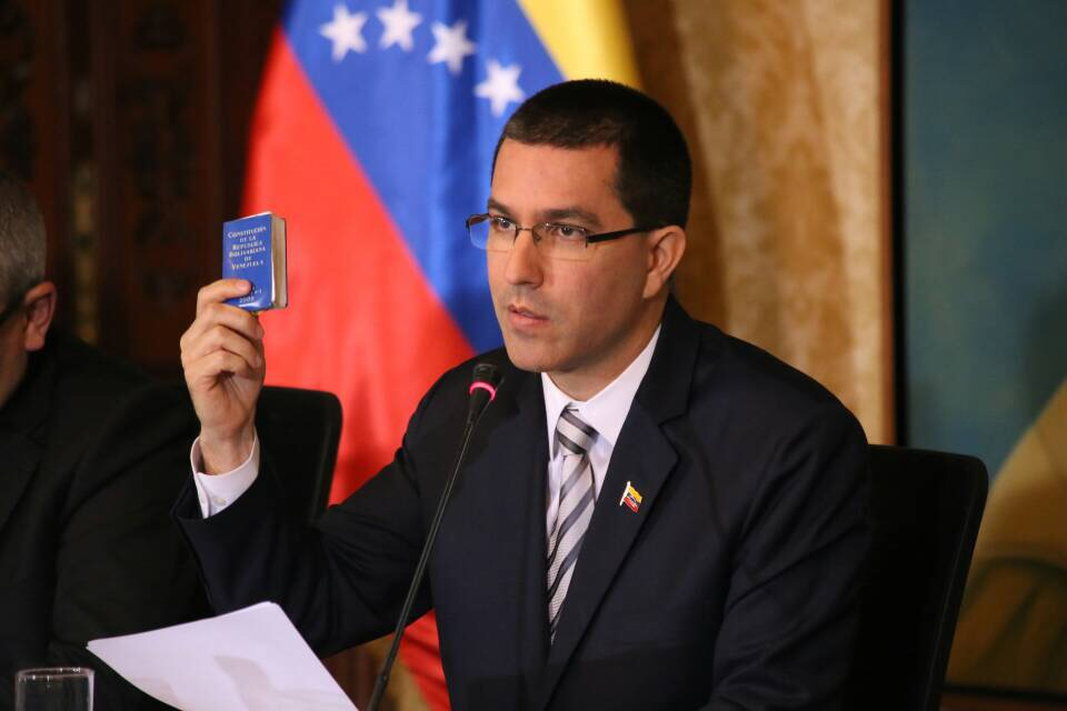 Arreaza: Sanctioned for seeking democratic solution. (Wikimedia Commons)