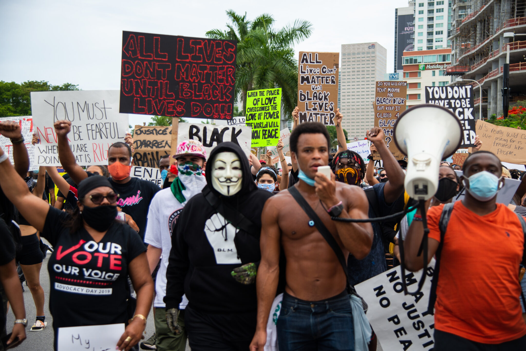 George Floyd protests in Miami on June 6. (Mike Shaheen, Flickr, CC BY 2.0, Wikimedia Commons)
