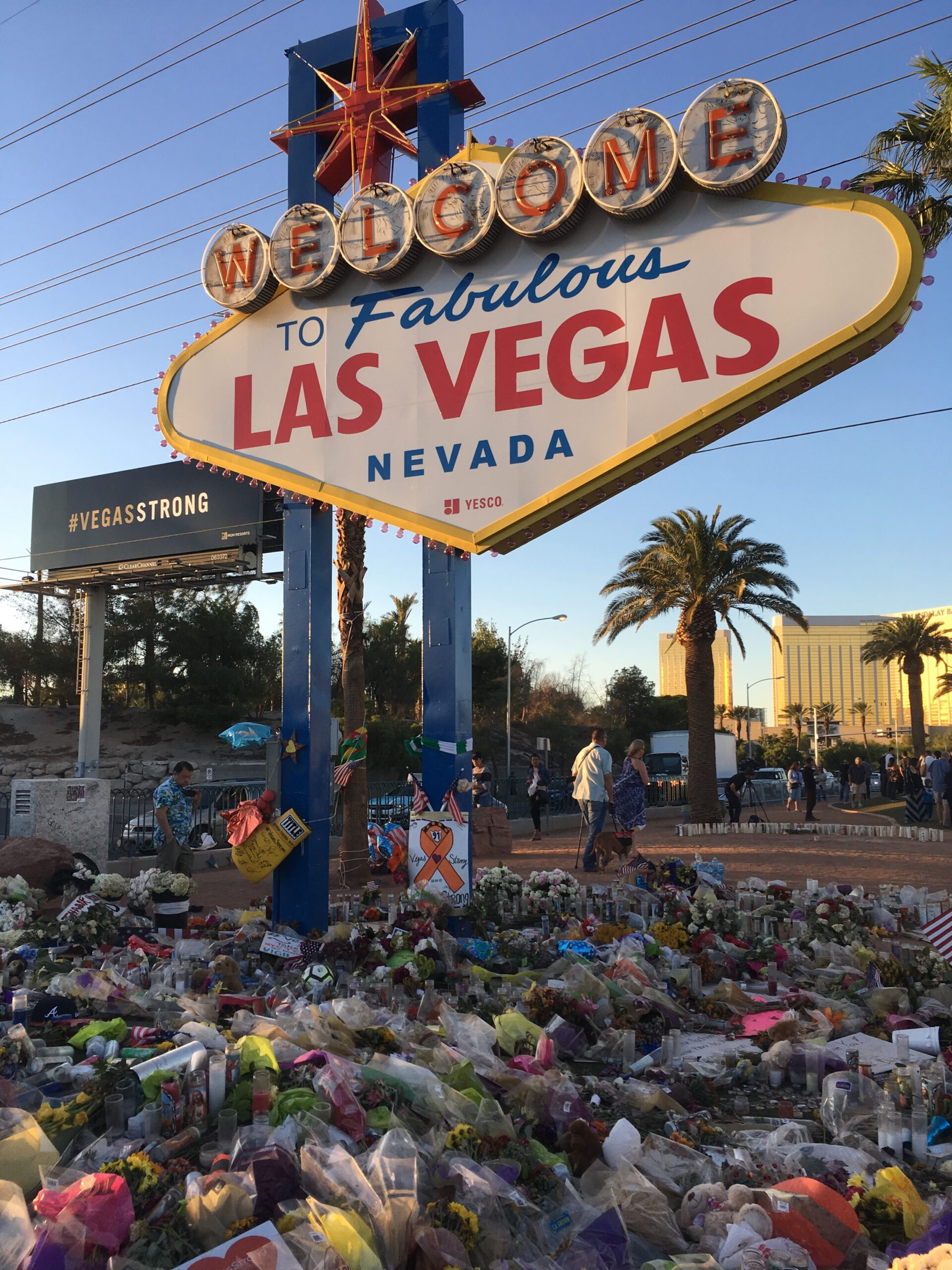 Memorial to victims of the 2017 Las Vegas shooting, where 58 people were killed and 422 were injured. (Rmvisuals, CC BY-SA 4.0, Wikimedia Commons)