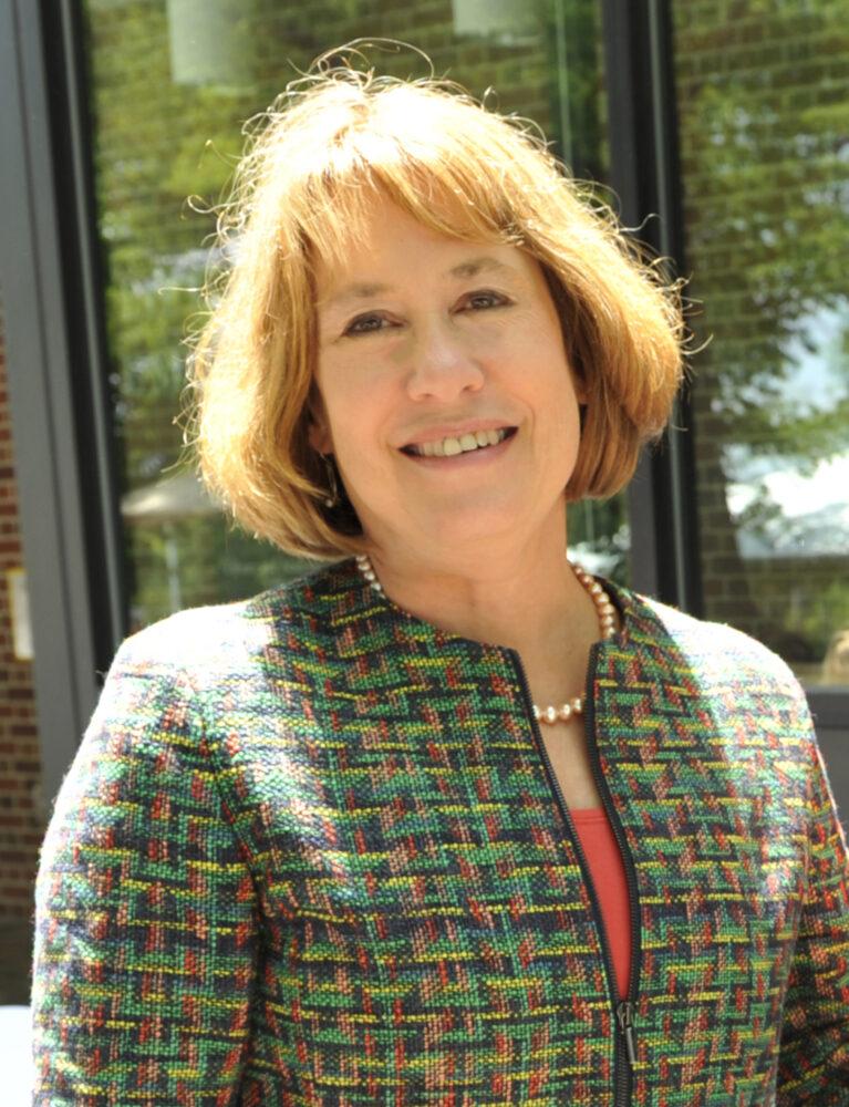 Sheila Bair in 2016. (Matt Spangler for Washington College, CC BY-SA 4.0, Wikimedia Commons)